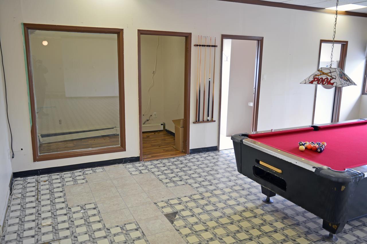Office Area in Studio Apt